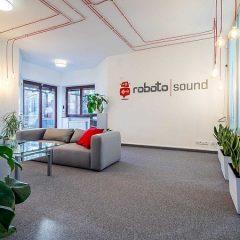 Sound Tropez to od teraz Roboto Sound